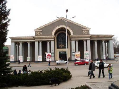 Театр драмы и музыкальной комедии им. Шевченко