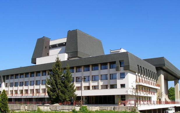 Закарпатский музыкально-драматический театр